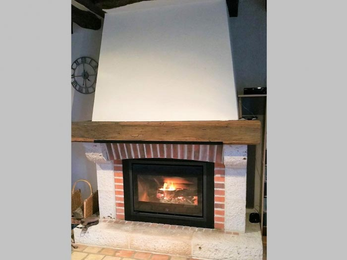 ets art et chauffage 41 po le a granules rika domo orleans 45. Black Bedroom Furniture Sets. Home Design Ideas