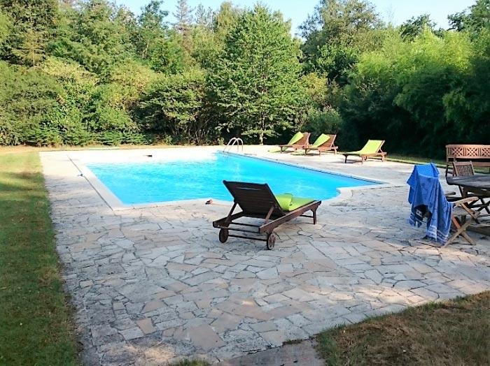 Dépannage pompe à chaleur de piscine PSA à Viglain dans le Loiret