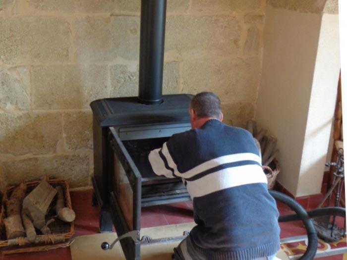 ets bonneaud sarl ramoneur ramonage po le bois. Black Bedroom Furniture Sets. Home Design Ideas