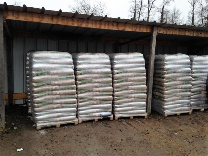 Livreur- fournisseur de palettes de granulés - sacs de 15 kg - pellet DIN plus à domicile région Dieppe, Yvetot, Yerville, Totes, Doudeville