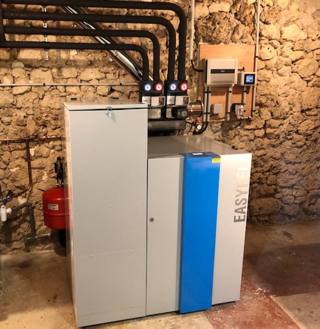 ETS VELLARD Chauffagiste - Installation chaudière granulés de bois Easypell à chargement manuel - QualiBois RGE-Tarn et Garonne (82)