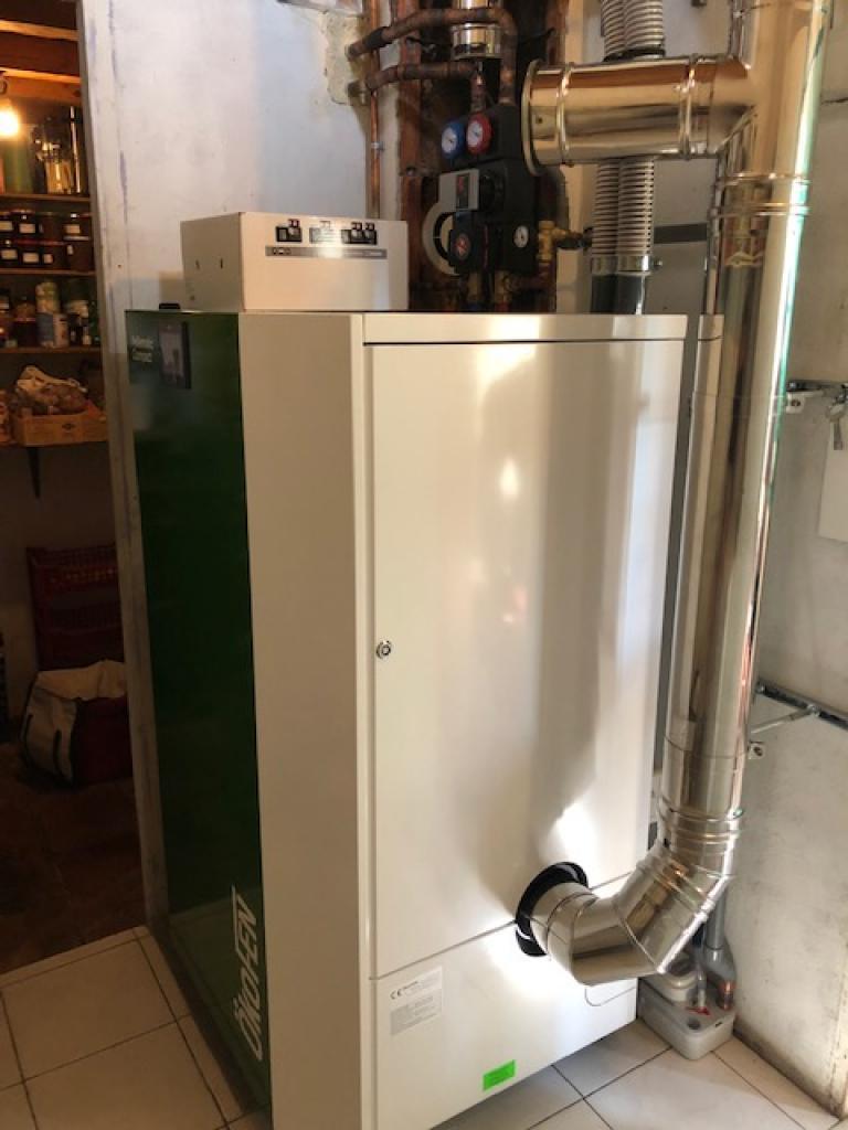 Chauffagiste RGE QualiBois - Installation chauffage par chaudière granulés de bois Okofen COMPACT PES 214 B à chargement manuel.-Lot et Garonne (47)