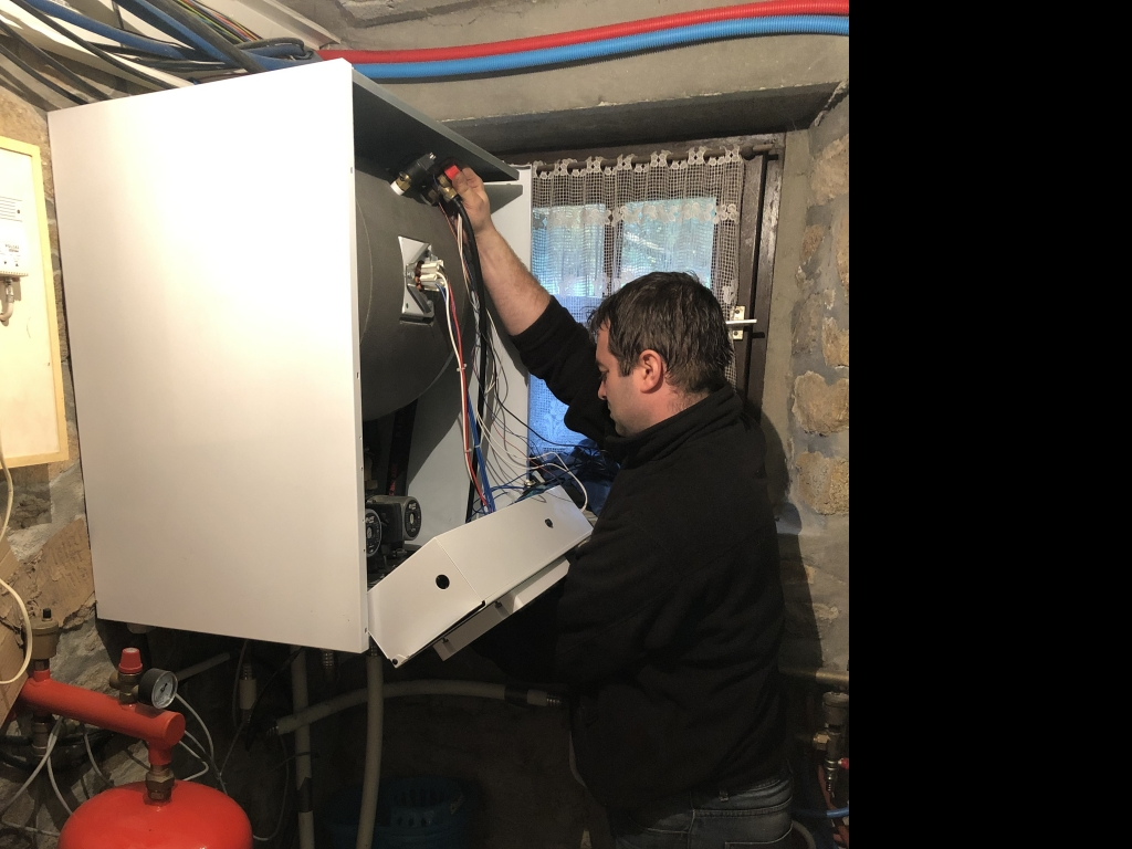 Entretien et dépannage pompe à chaleur ( PAC ) AUER-Morbihan (56)
