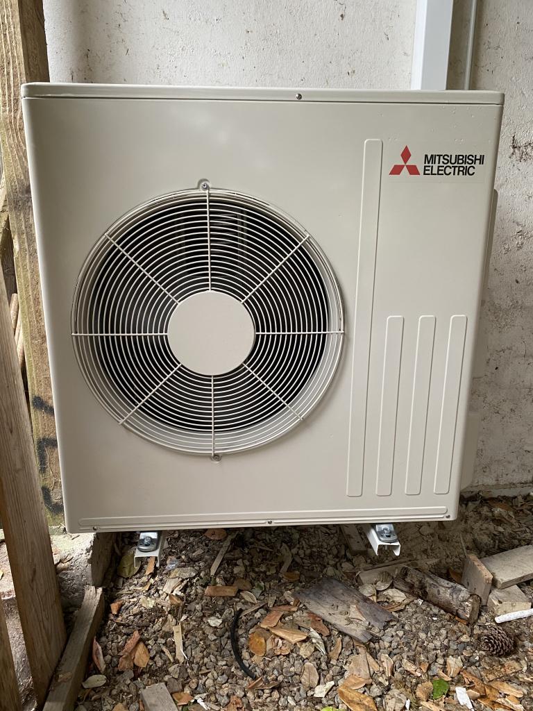 Installation d'une pompe à chaleur Mitsubishi Electric air air