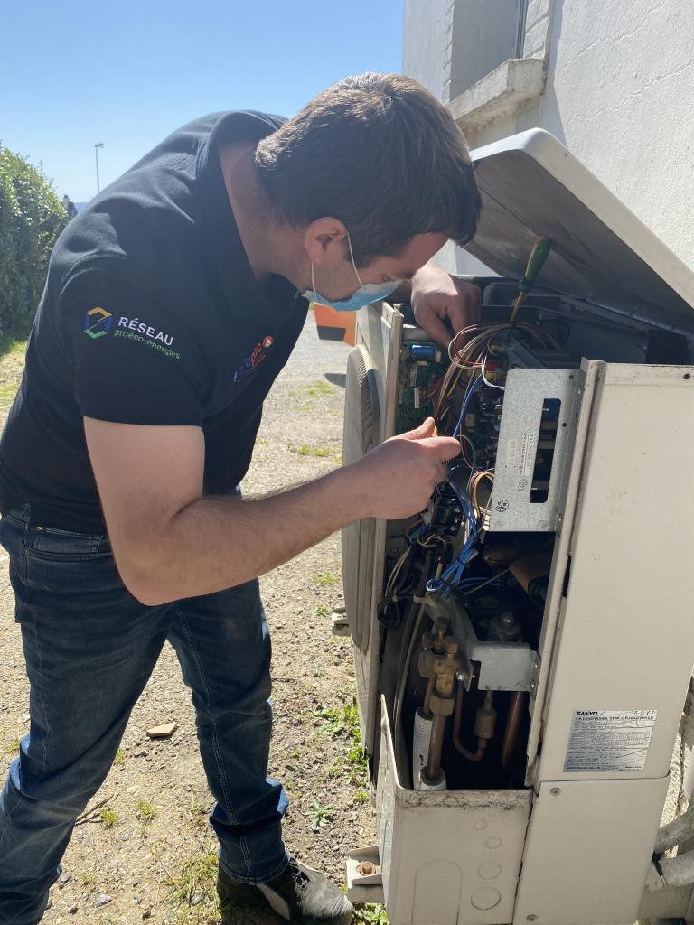 Dépannage pompe à chaleur sanyo erreur P29-Morbihan (56)