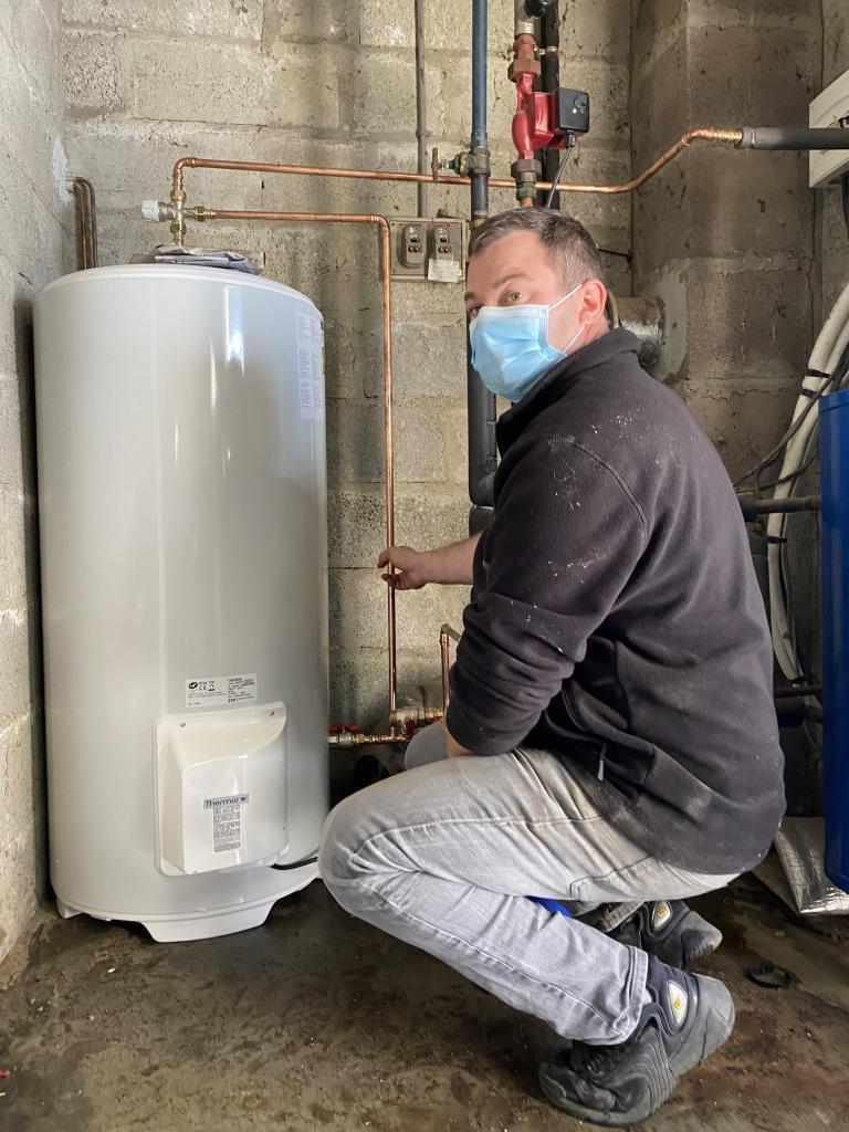 installation d'un chauffe-eau électrique thermor-Morbihan (56)