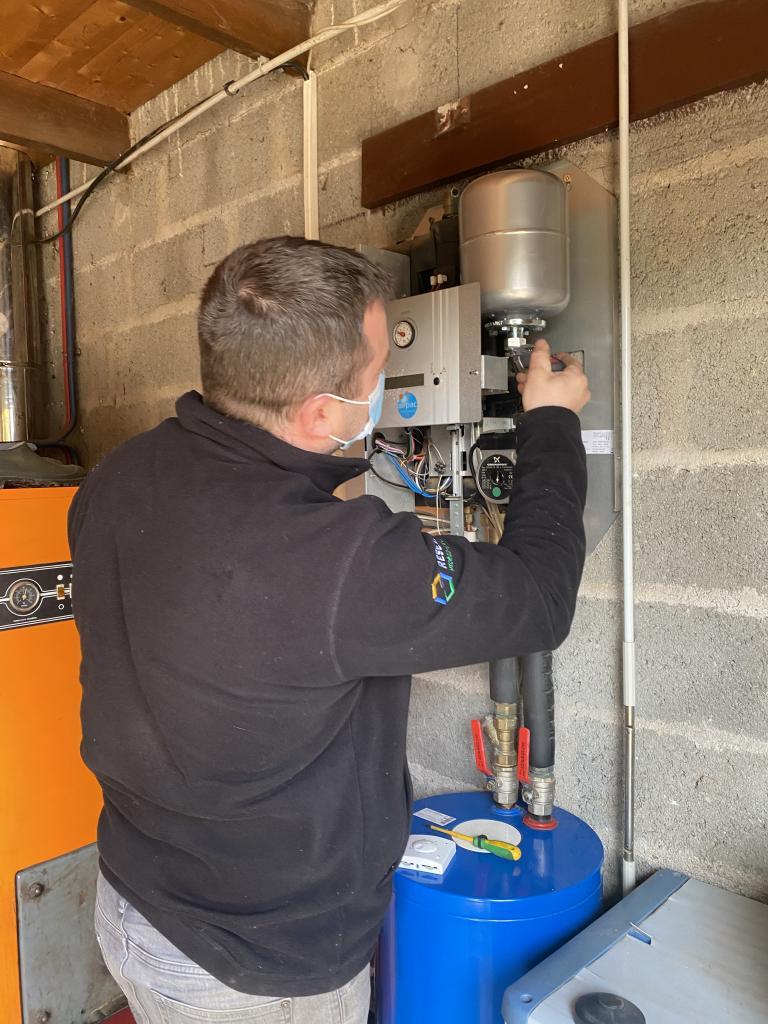 Vérification pompe à chaleur air eau Airpac-Morbihan (56)