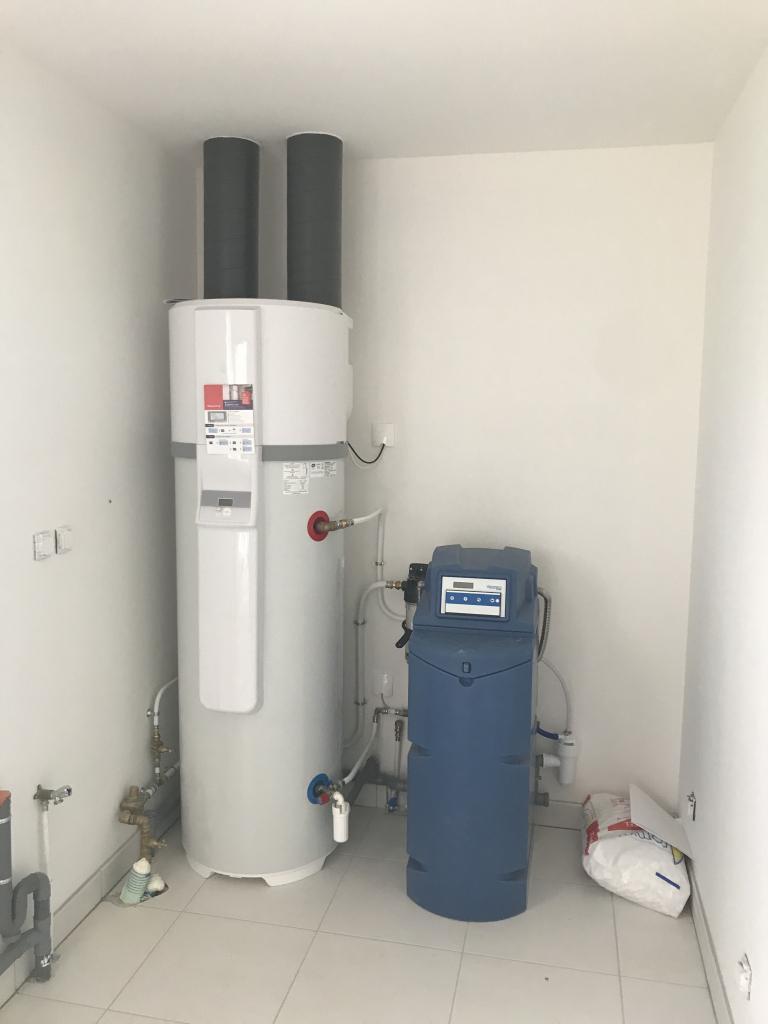 Chauffe-eau thermodynamique et adoucisseur à CHAUVIGNY - 86