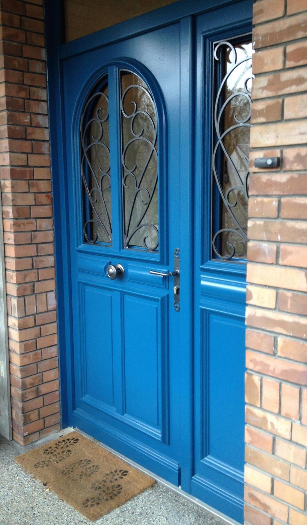 Remplacement / installation,  Porte d'entrée bois par artisan menuisier Rge , secteur Rouen / Bois-Guillaume, 76 Seine-Maritime-Seine Maritime (76)
