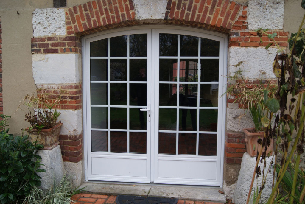 Pose de fenêtres en mixte bois - aluminium , par artisan Rge et Reno expert , Secteur Les essarts / Rouen