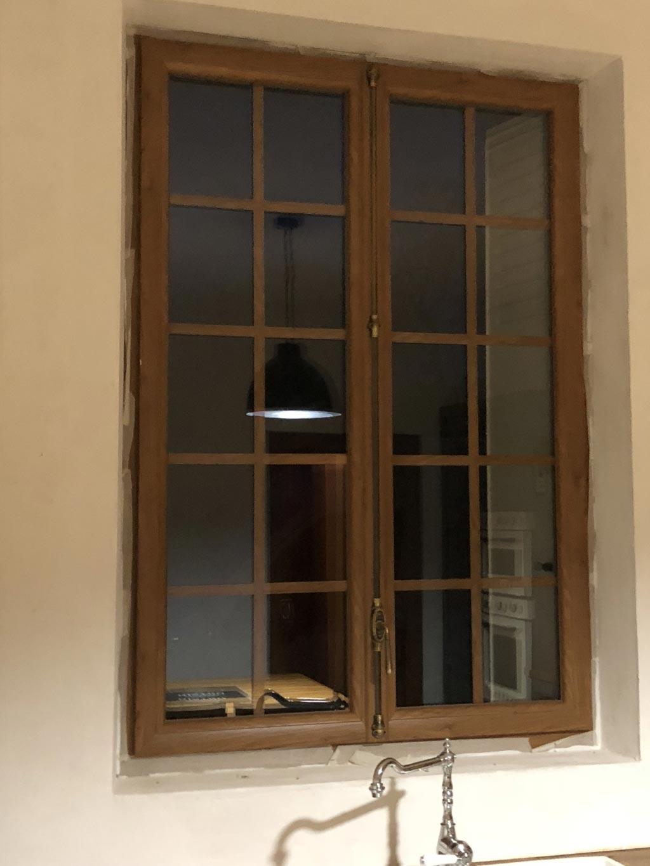Pose / installation de fenêtre Pvc couleur chêne intérieure , par artisan Rge , secteur Yvetot / Yerville-Seine Maritime (76)