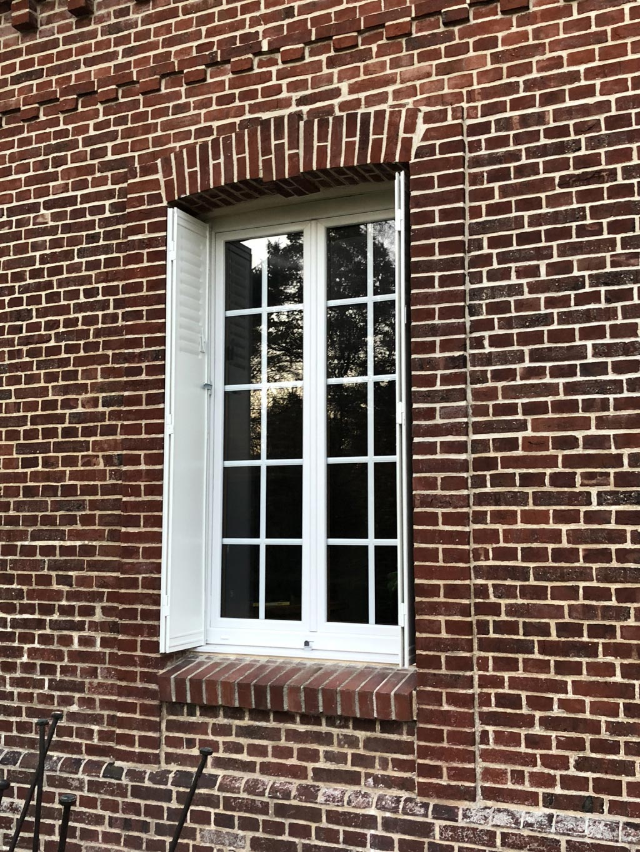 Pose / installation de fenêtre Pvc couleur chêne intérieure , par artisan Rge , secteur Yvetot / Yerville