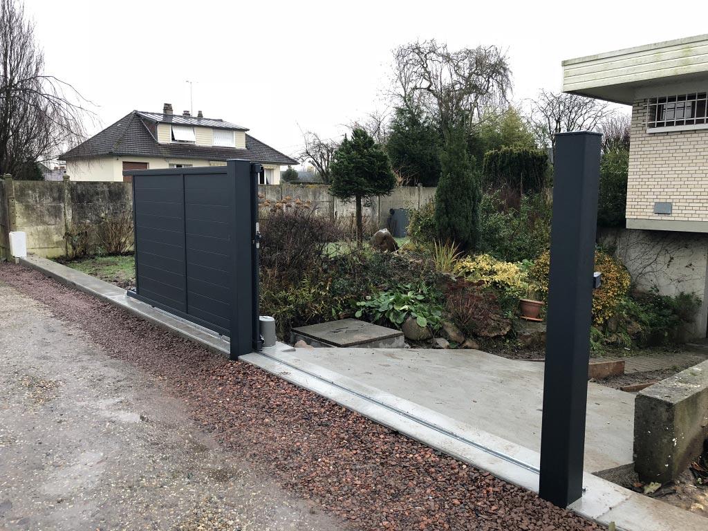 Pose installation portail aluminium coulissant motoris par entreprise familiale secteur for Installation portail