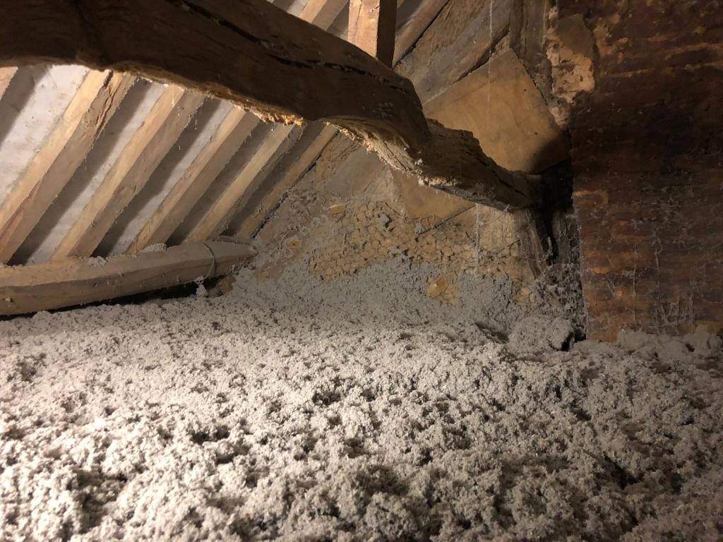 Isolation de combles en ouate de cellulose , secteur Yerville / limésy  , Artisan Rge -Seine Maritime (76)