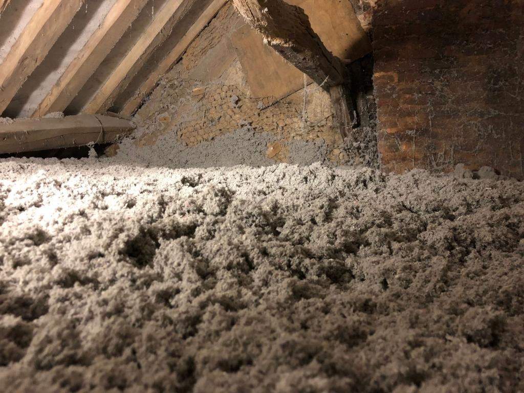 Isolation de combles en ouate de cellulose , secteur Vibeuf / Boudeville / Saint laurent en caux  , Artisan Rge -Seine Maritime (76)