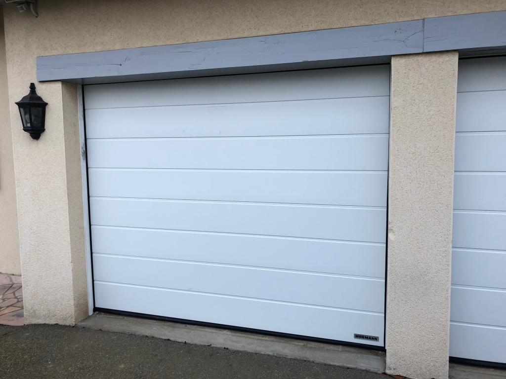 Installation porte de garage Hormann avec moteur Somy  , secteur Yerville Yvetot -Seine Maritime (76)