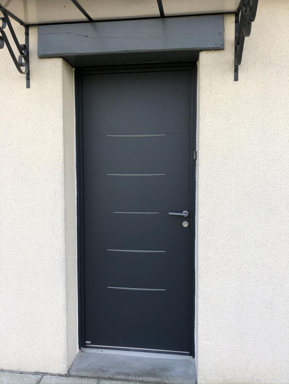 Pose d'une porte d'entrée Bel'm à Yerville, 76-Seine Maritime (76)