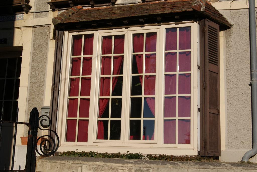 Fenêtre Pvc beige Gamme baie -Seine Maritime (76)