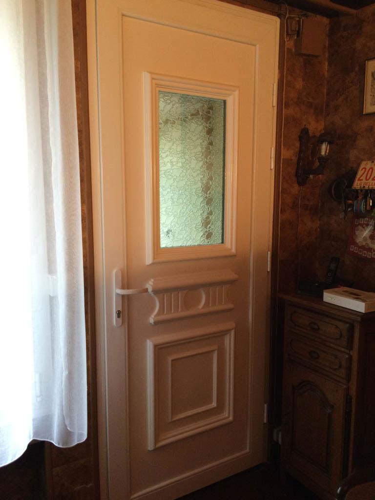Remplacement / pose , Fenêtres et Porte d'entrée PVC par artisan Rge , Oissel , 76 Seine Maritime-Seine Maritime (76)