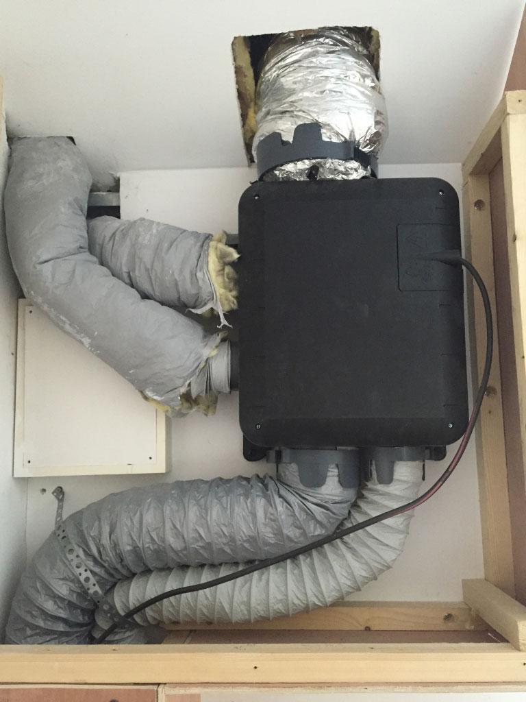 Installation d'une VMC simple flux hygro B