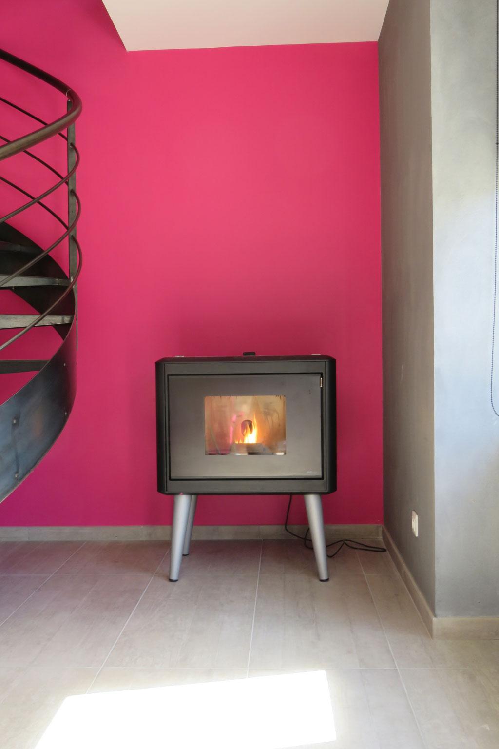 installation po le granul de bois pellets mcz mod le kama cessieu 38 is re cessieu 38. Black Bedroom Furniture Sets. Home Design Ideas