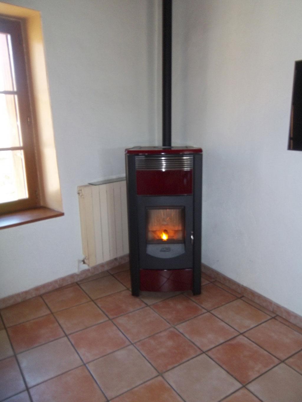 vendeur installateur po le granul de bois pellets. Black Bedroom Furniture Sets. Home Design Ideas