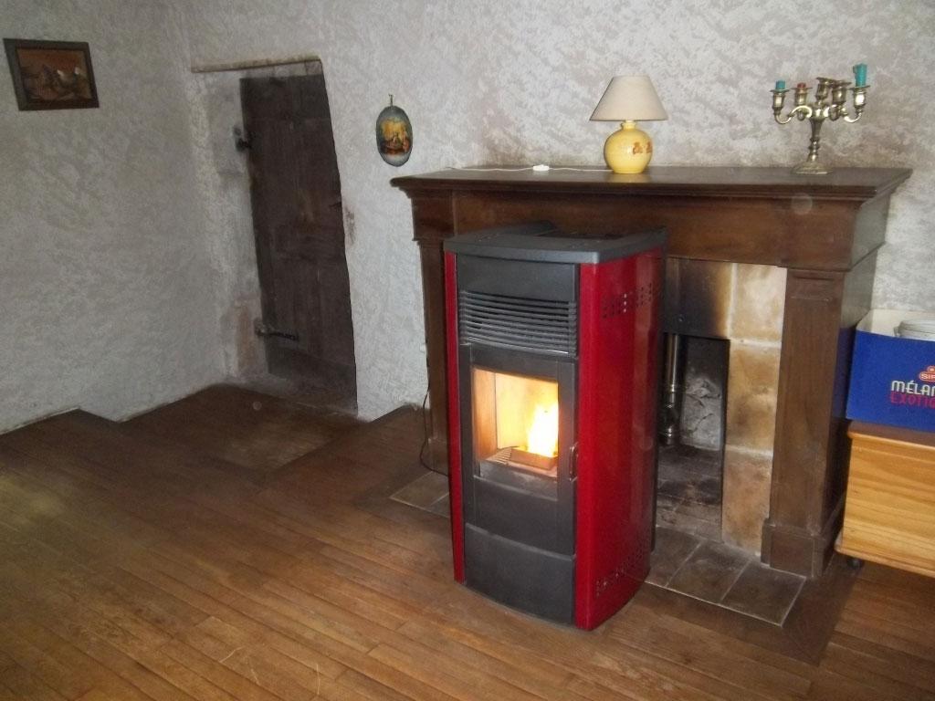 rge is re installateur po le granul de bois pellets. Black Bedroom Furniture Sets. Home Design Ideas