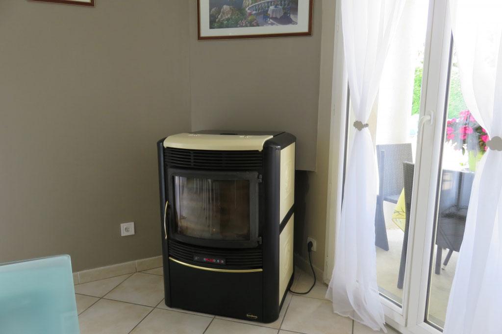 installation entretien po le granul nordica extraflame montalieu vercieu rge qualibois. Black Bedroom Furniture Sets. Home Design Ideas
