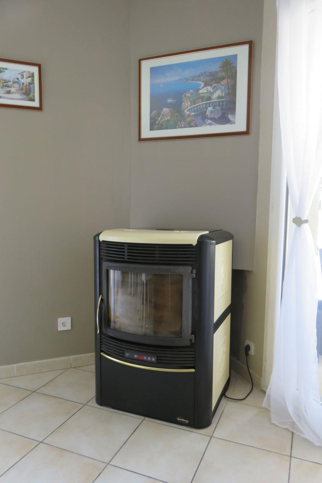installation entretien po le granul nordica extraflame. Black Bedroom Furniture Sets. Home Design Ideas