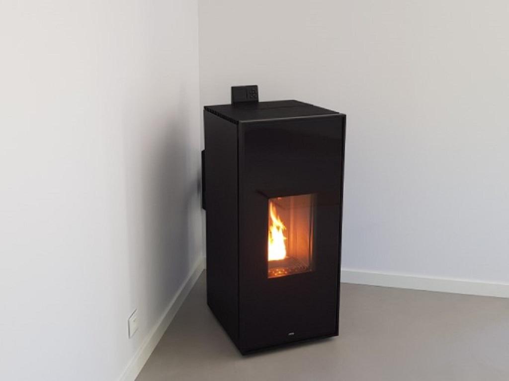 Vente, installation, chauffage bois ou granulés MCZ modèle Tilda