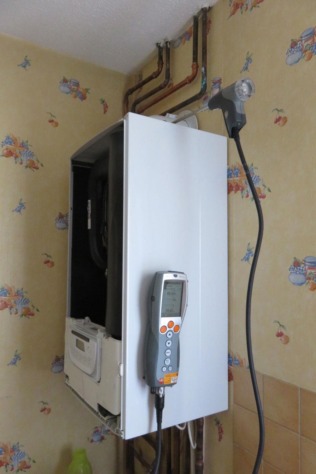 installateur qualibat 38 is re entretien chaudi re gaz condensation saunier duval themaplus. Black Bedroom Furniture Sets. Home Design Ideas