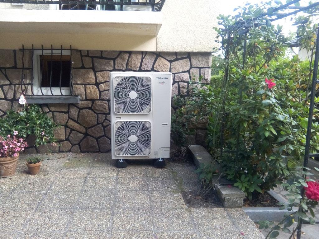 Pompe a chaleur (PAC) Air Eau (Aérothermie) TOSHIBA 60°