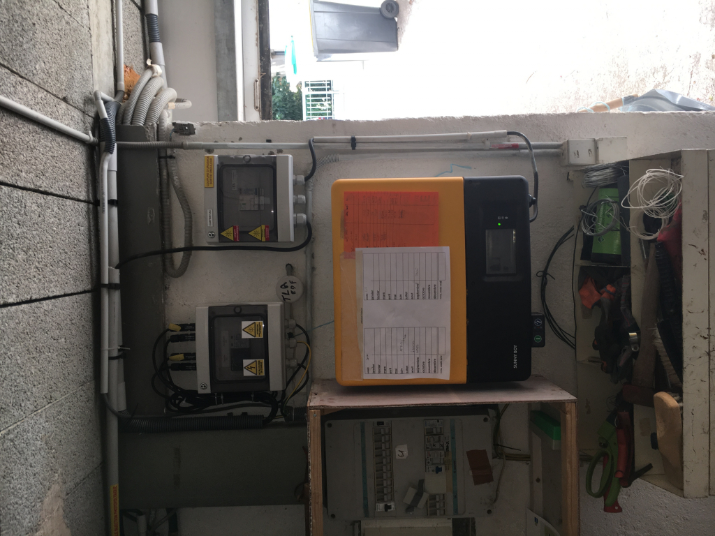 Mise en conformité d'une installation photovoltaïque.