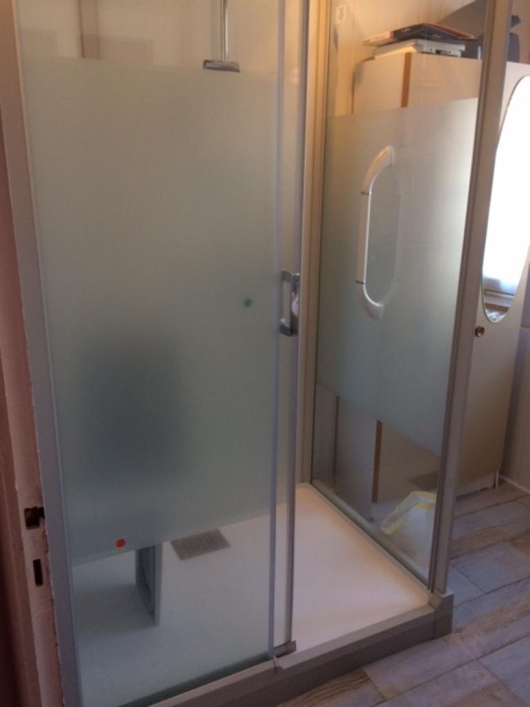 Réfection salle de bain pour personne à mobilité réduite à Neuvéglise