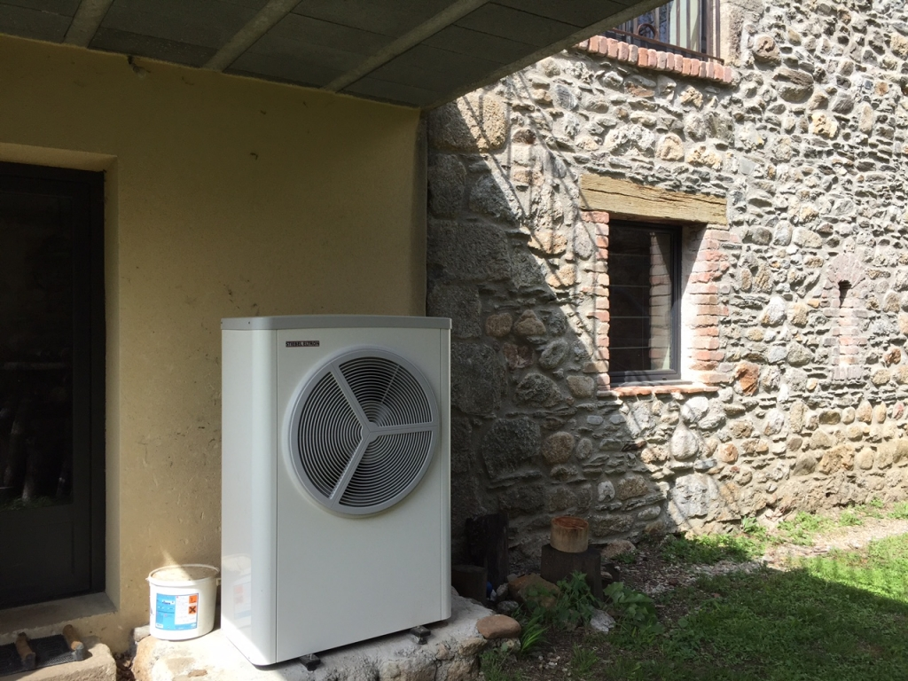 Installation pompe à chaleur Aérothermie - STIEBEL ELTRON