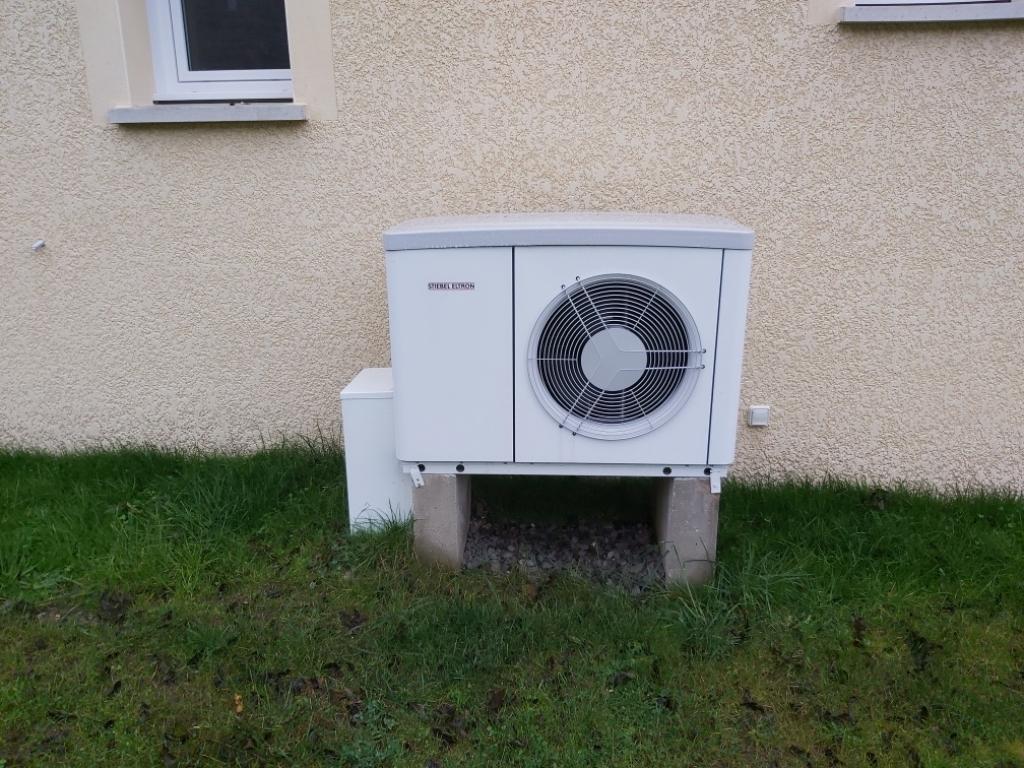 Installation d'une pompe à chaleur Air-Eau STIELBEL