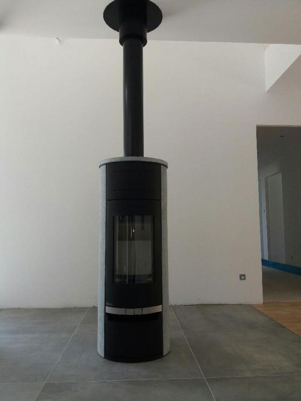 Installation d'un poêle à bois Fonte Flamme (cheministe) à Essegney 88130 Vosges