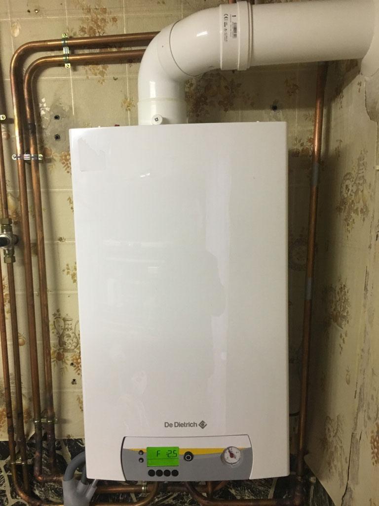 Chaudière gaz à condensation haute performance énergétique De Dietrich Vivadens (chauffagiste) à Mirecourt 8850 Vosges