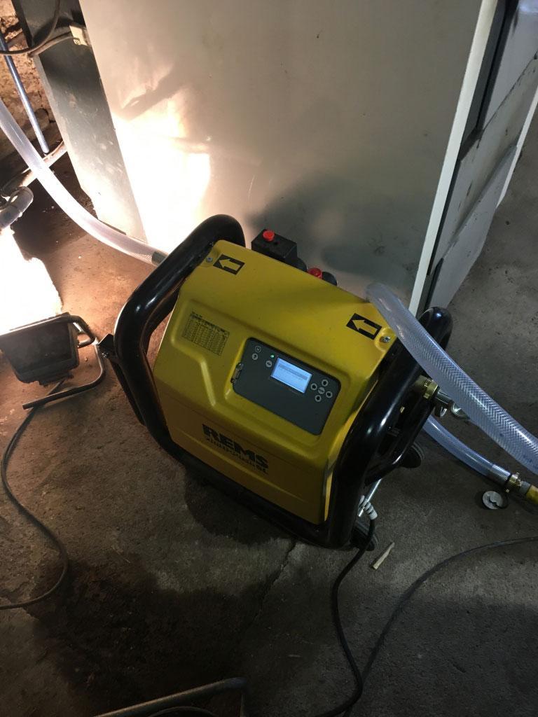 Désembouage d'un cicrcuit radiateur à Frizon 88440