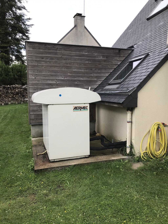 Entreprise rge - qualipac - pose d'une pompe à chaleur moyenne température air eau atlantic - remplacement ballon eau chaude - 35690 Acigné (35)
