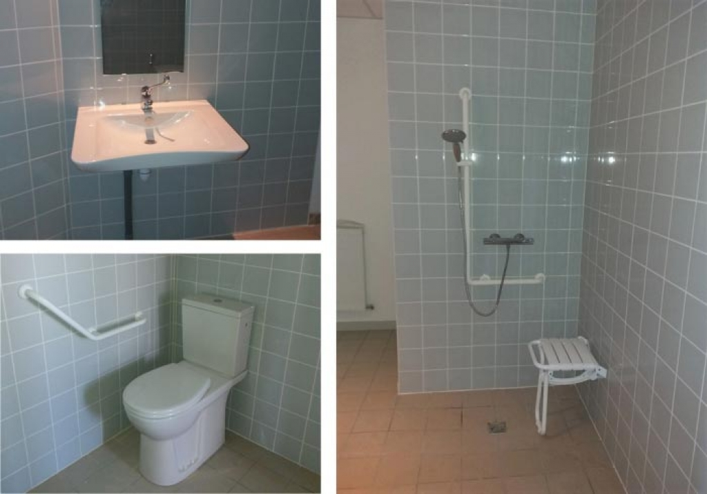 Salle de bain PMR dans une infirmerie