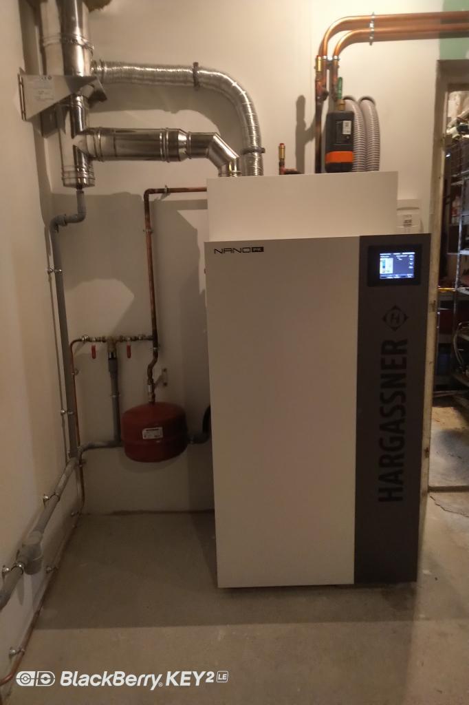 RGE QualiBois - Installation Chaudière à granulés de bois Hargassner et circuit chauffage central -Côte d'Or (21)