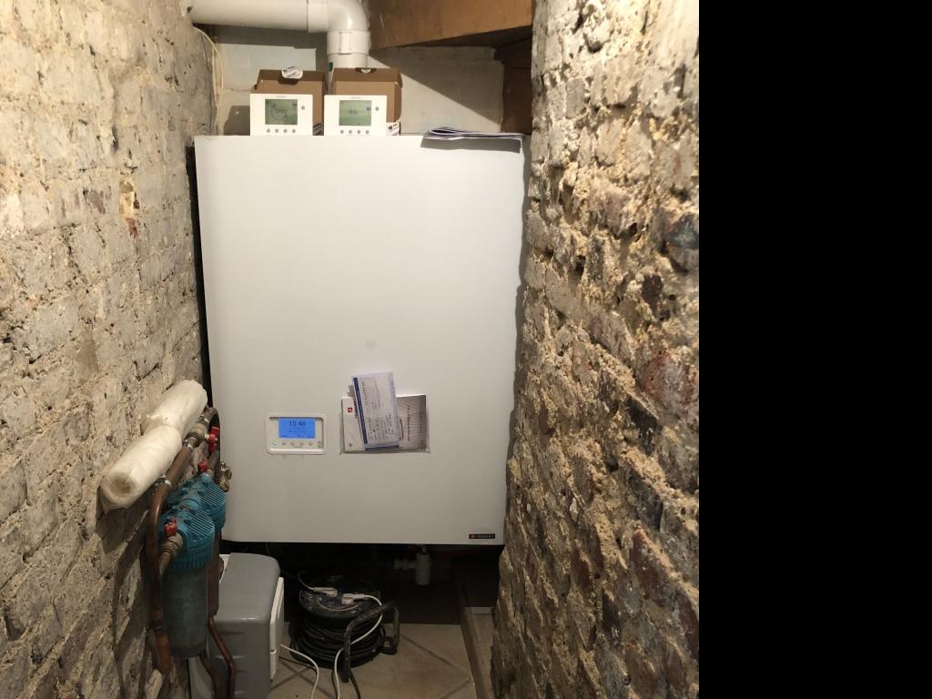Installation d'une chaudière gaz condensation Frisquet à Boullogne Billancourt 92 hauts de Seine