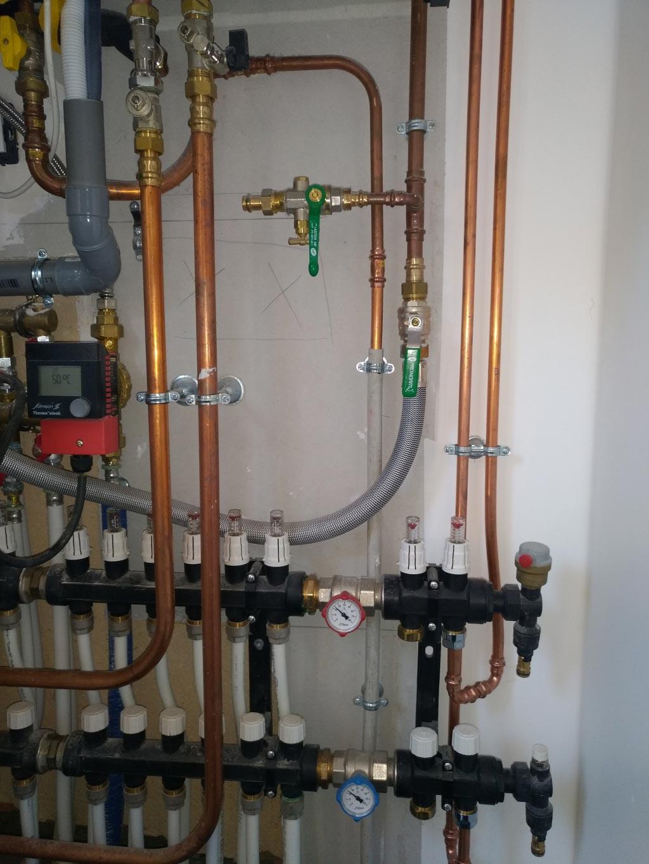 Installation Chaudière À Condensation installation d'un chaudière gaz frisquet hydroconfort visio