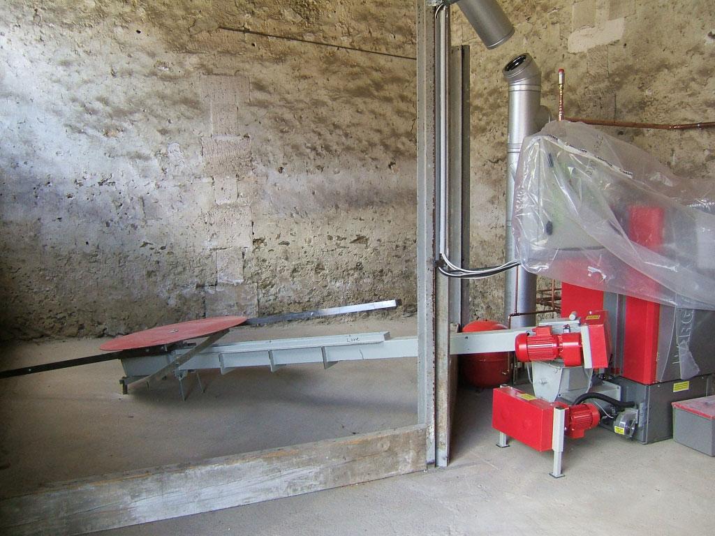 Installation chaudière bois déchiquetés plaquettes Hargassner avec alimentation automatique à Therdonne 60 oise-Oise (60)