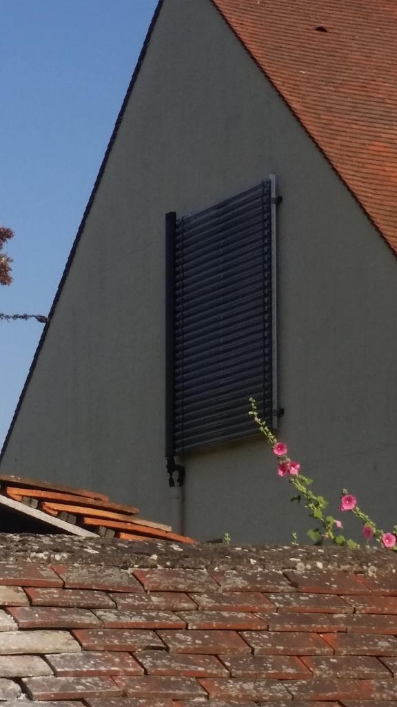 Installation de panneaux solaire thermique Viessmann à Milly la foret 91 Essonne