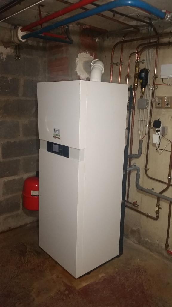 chaudi re gaz propane condensation viessmann vitodens 222 f b2sa 26 kw vayres sur essonne 91. Black Bedroom Furniture Sets. Home Design Ideas
