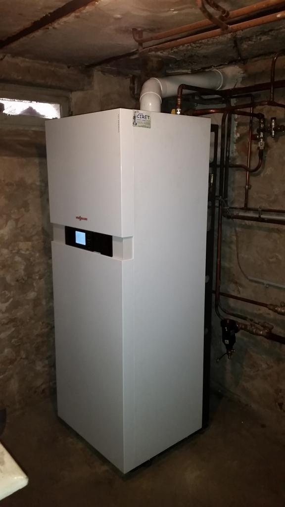 changement de la chaudi re fioul par une chaudi re au gaz naturel condensation vitodens 222 f. Black Bedroom Furniture Sets. Home Design Ideas