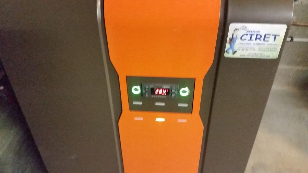 Installation d\'un chauffage centrale avec pompe à chaleur Eau Eau LEMASSON à Pithiviers le vieil 45300