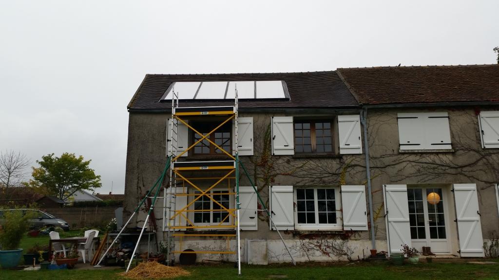 Installation de panneaux solaire en intégration de toiture Viessmann à Coudray